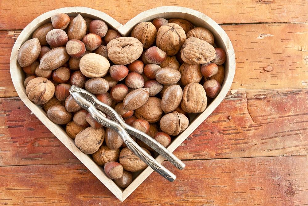 Frutta secca: la trasgressione che fa bene