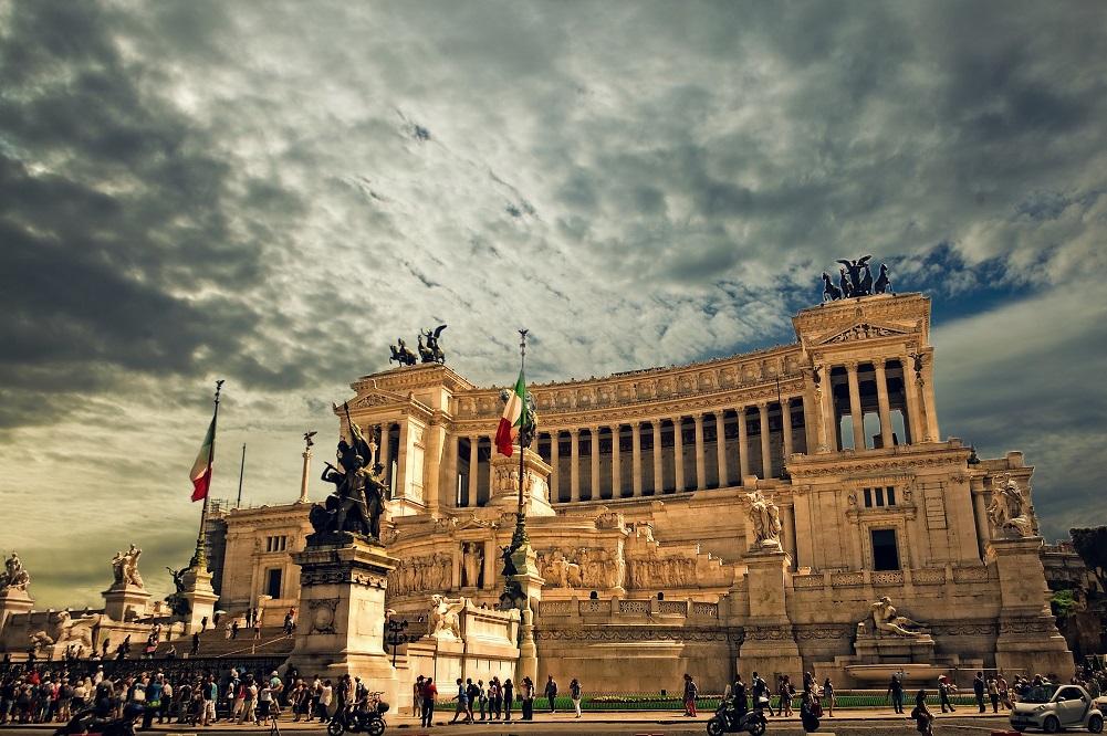 De Masi: un libro per scoprire il futuro di Roma