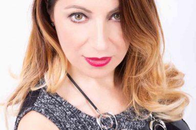 Elenia Scarsella presenta il suo primo libro