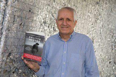 """""""Delitto Neruda"""", il libro-inchiesta di Roberto Ippolito"""